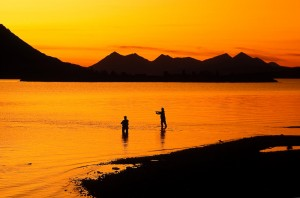 Sunset-Anglers-on-Alaska-Lake